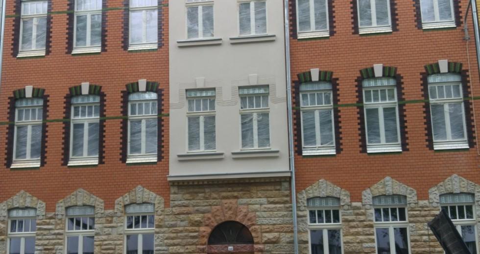 Neu sanierte 2-R-Wohnung im Erstbezug mit Fußbodenheizung und Terrasse